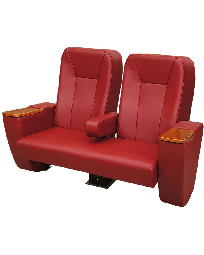 Новинка 2016: двойные кресла для кинотеатров «Лавсит Люкс»