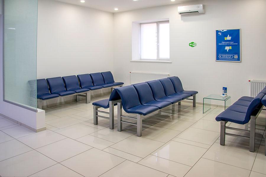 """Для """"ОН Клінік"""" виготовлені багатомісні секції на 200 посадочних місць"""