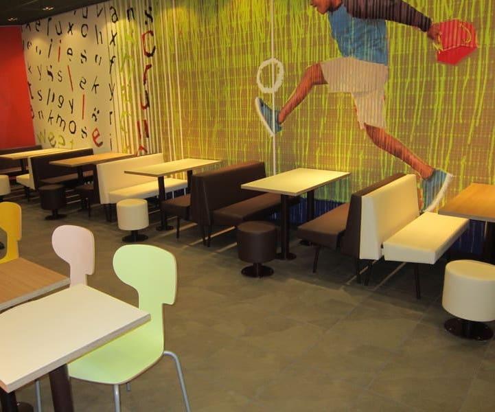 Меблі в стилі Lim Fresh для першого ресторану McDonalds в Херсоні