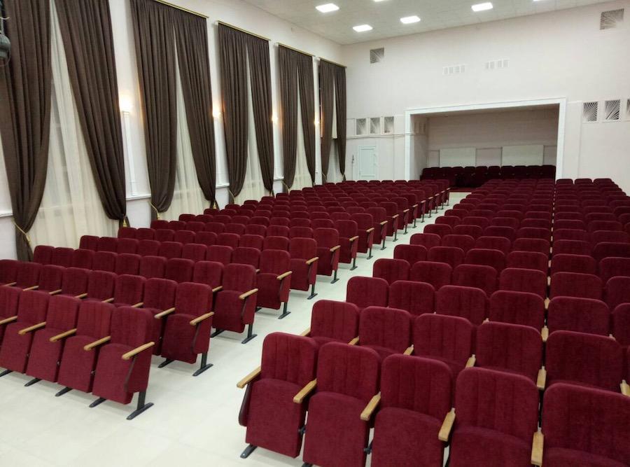 Новий зал для глядачів на 326 місць в Сумській області