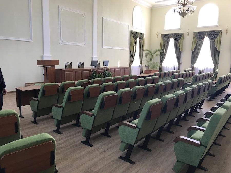Третя партія крісел для Університету біоресурсів (НУБіП) в Києві