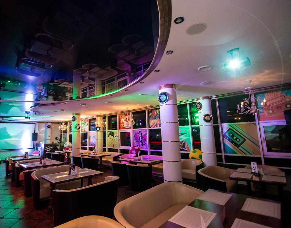 Караоке бар «Проснись и пой», Киев