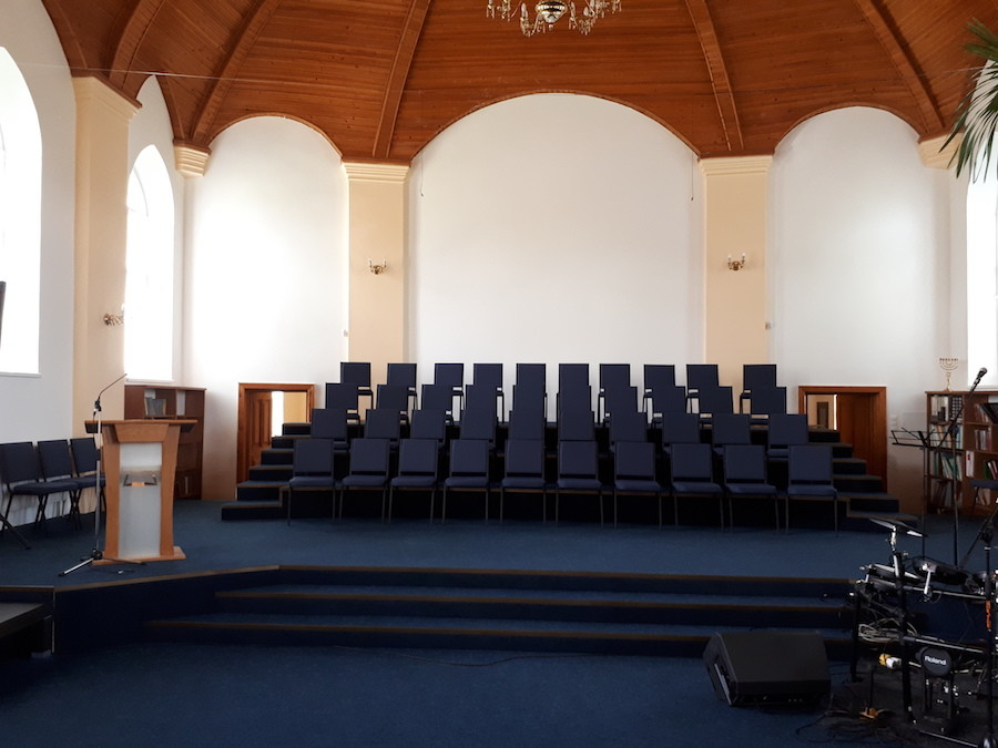 55 стільців для Церкви ЄХБ в Закарпатській області