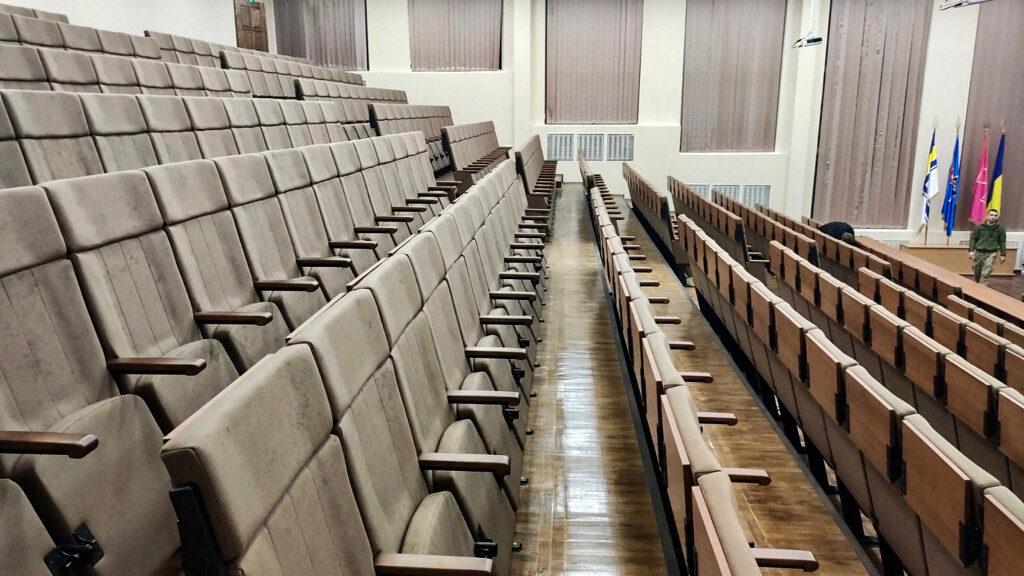 Аудиторні крісла для НУ оборони України ім. І. Черняховського