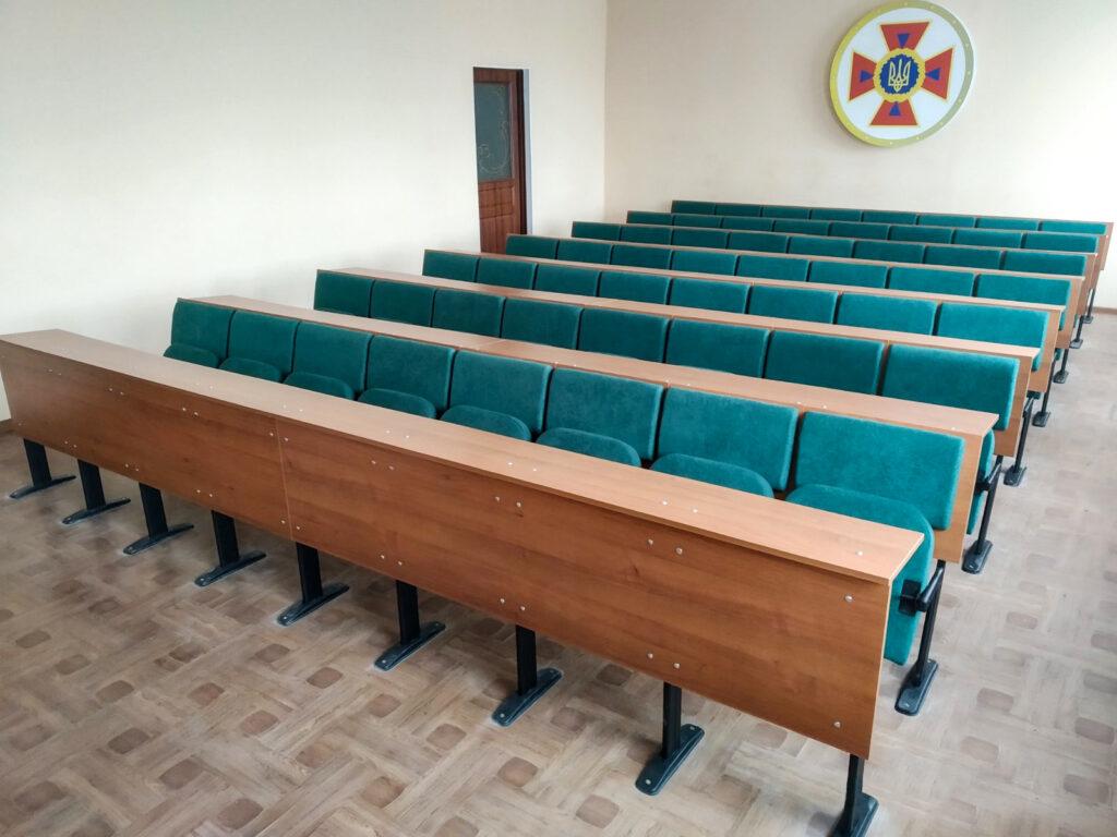 Нові меблі для аудиторії НМЦ ЦЗ та БЖД Донецької області