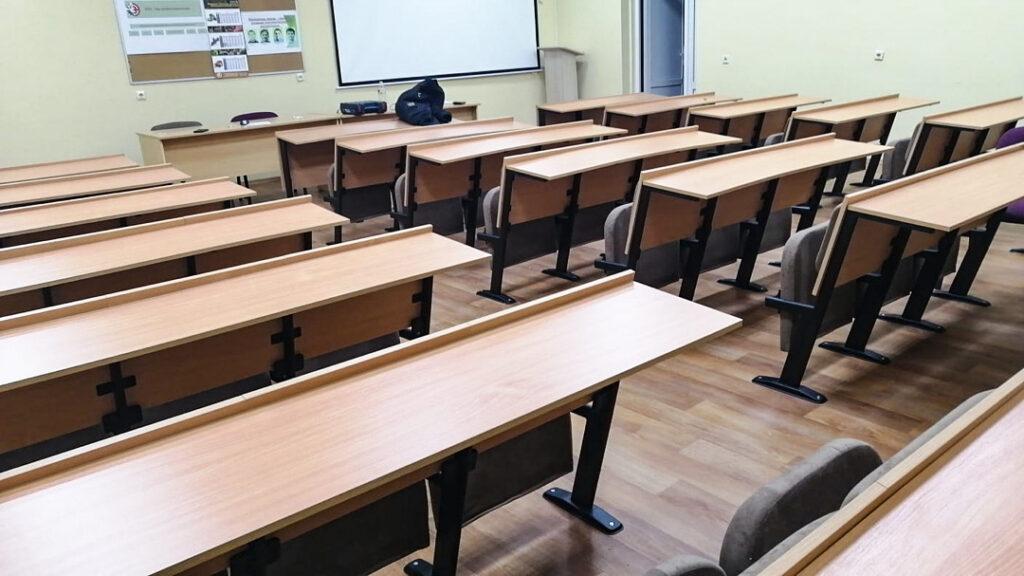 Аудиторні крісла для навчальної аудиторії в Мінську, Білорусь